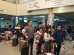 ratusan-turis-china-tiba-di-bandara-hang-nadim-batam.jpg