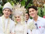 rizky-billar-kanan-saat-menghadiri-pernikahan-dinda-hauw-dan-rey-mbayang154236.jpg