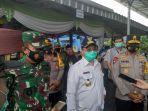rombongan-gubernur-bangka-belitung-erzaldi-rosman-saat-kunjungi-tps-003-kelurahan-berok.jpg