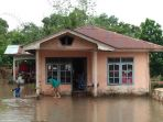 rumah-warga-terendam-banjir_20180625_190449.jpg