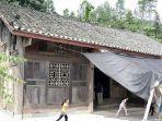 rumah-yang-terbuat-dari-kayu-phoebe-zhennan-dihargai-rp-20-miliar.jpg