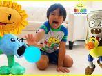 ryan-toys.jpg
