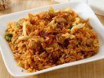 sajian-nasi-goreng-sosis-sayur.jpg
