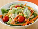 sajian-salad-caesar-cuka-apel.jpg