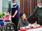sby-menemani-ani-yudhoyono-menjalani-perawatan-di-singapura.jpg