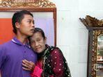 slamet-riyadi-16-berfoto-bersama-istri-barunya-rohaya-71_20180504_081104.jpg
