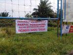 spanduk-di-jalan-baypass-kecamatan-koba_20180220_150708.jpg