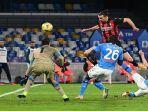 striker-ac-milan-ibrahimovic-cetak-gol-ke-gawang-napoli.jpg