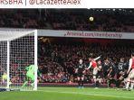 striker-arsenal-alexandre-lacazette.jpg