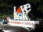 suasana-alun-alun-taman-merdeka-kota-pangkalpinang-kamis-31122020.jpg