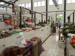 suasana-didalam-pasar-rakyat-bangka-tengah_20180720_173845.jpg