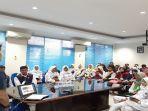 suasana-para-peserta-pelatihan-jurnalistik-berkunjung-ke-bangka-pos-group.jpg