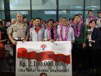 suasana-penyambutan-kontingen-timnas-u-22-indonesia-di-bandara-soekarno-hatta-27-februari-2019.jpg
