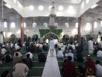 suasana-sebelum-sholat-idul-fitri-di-masjid-jamik-kota-pangkalpinang.jpg
