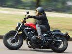 test_ride_honda_cmx500_rebel.jpg