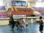 tim-basket-putra-sumbar-vs-kepri_20151116_145453.jpg