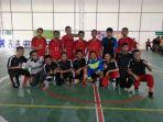 tim-futsal-berfoto-sesaat-sebelum-bertanding_20170427_204922.jpg