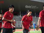 timnas-indonesia-sedang-melakukan-jogging-dalam-latihan-perdana.jpg