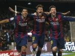trio-msn-selebrasi-gol_20150606_213627.jpg