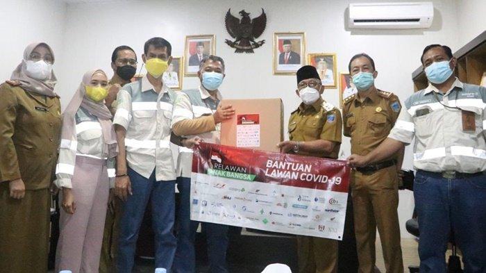 15 Konsentrator Oksigen dan 1.000 Paket Masker Plus Vitamin dari PT MIP untuk RSUD Lahat dan RS DKT