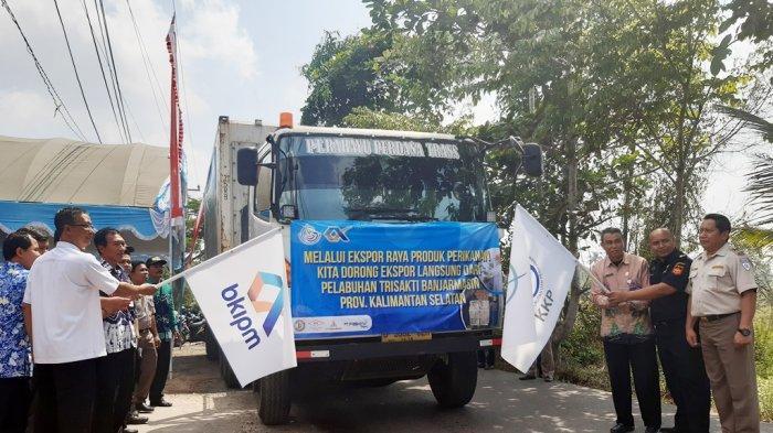 Pelepasan Komoditi Hasil Perikanan di Banjarmasin pada Kegiatan Ekspor Raya serentak