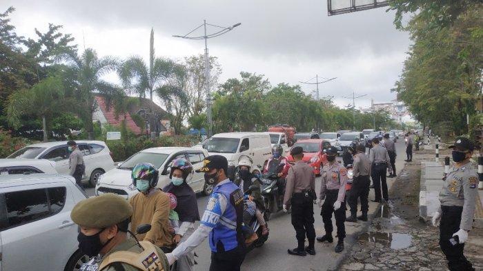 Pemeriksaan di Posko PSBB KM 6 Banjarmasin, Banyak Pengendara Pilih Jalan Tikus