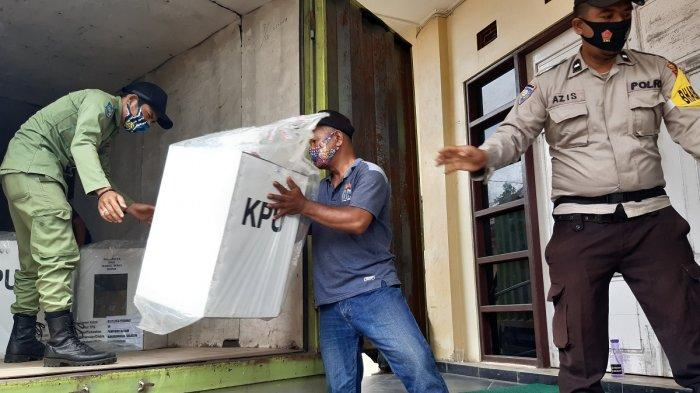Lima Kecamatan di Banjarmasin Rampungkan Rekapitulasi, Data Menunjukkan Paslon H2D Unggul