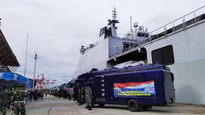 Sandar Di Pelabuhan Trisaksi Banjarmasin Kri Banda Aceh 593 Bawa Logistik Untuk Korban Banjir Banjarmasin Post