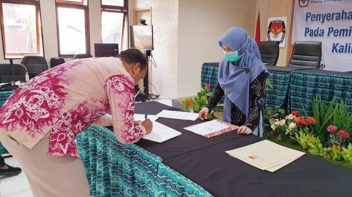 Pilkada Kalsel 2020 - KPU Verifikasi Perbaikan Berkas Persyaratan Bapaslon Gubernur