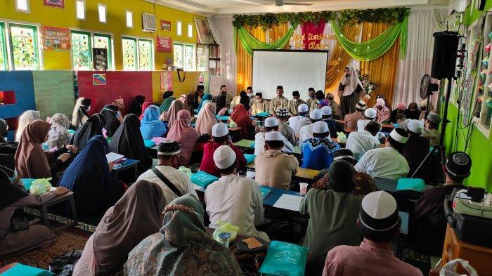 65 Guru TPQ/TPA Banjarmasin Ikuti Diklat Standarisasi Guru Alquran Metode Tilawati Madinatu Taqwa