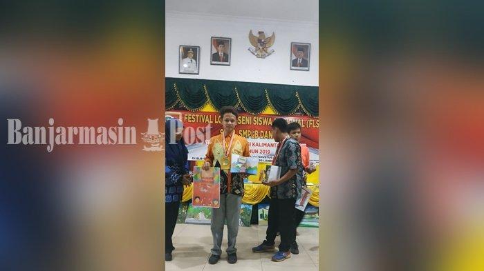 Siswa SLBN 2 Martapura Kabupaten Banjar Eksplorasi Cerita Rakyat Ini pada Karya Paper Toy
