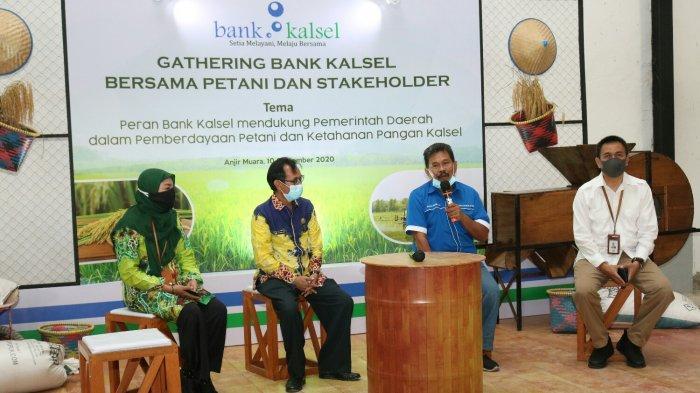 Acara Gathering Bank Kalsel bersama Pemkab Batola dan Kelompok Tani di Gudang SRG, Kecamatan Anjir Muara, Kabupaten Batola, Kamis (10/9/2020).