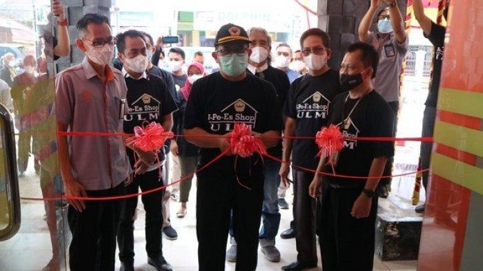 Rektor ULM Resmikan I-Pe-Es Shop di Kantor Pos Cabang Kayu Tangi Banjarmasin, Dukung Kampus Merdeka