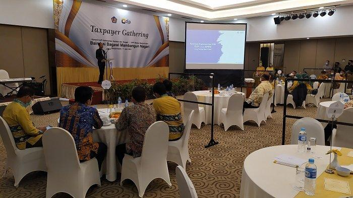 Gelar Taxpayer Gathering, Kepala Kanwil DJP Kalselteng Harapkan Kontribusi KPP Banjarmasin