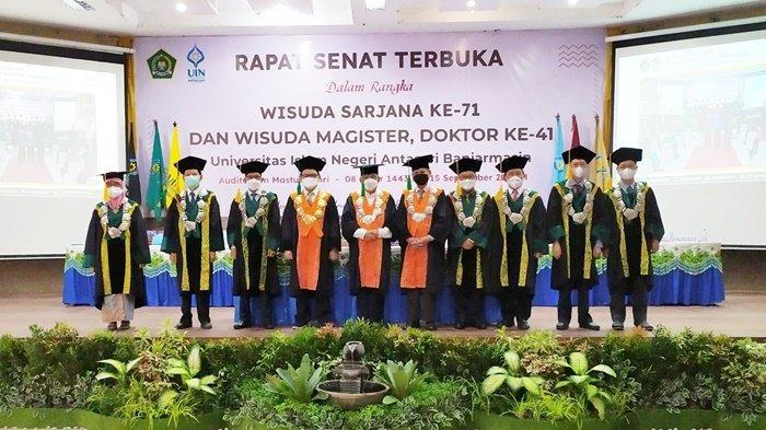 Acara wisuda di Kampus UIN Antasari, Kota Banjarmasin, Provinsi Kalimantan Selatan (Kalsel), Rabu (15/9/2021).