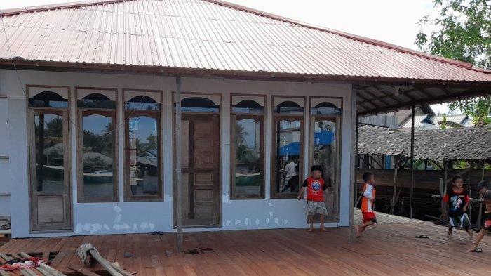 Dukung Kenyamanan Ibadah Warga, Adaro Logistics Renovasi Mushala di Aluh-Aluh Besar