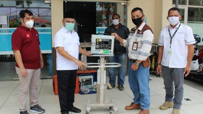PT SIS Mitra PT Adaro Indonesia Serahkan Bantuan Alat Ventilator untuk RSUD Pambalah Batung Amuntai