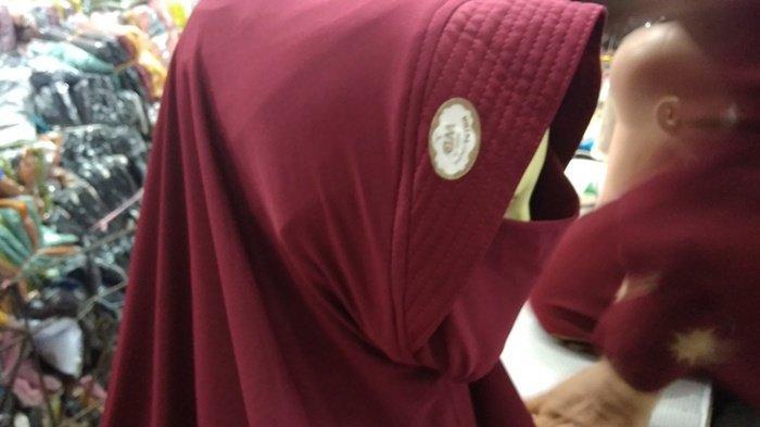 Matching dengan Warna Hijab,  Bagian Masker Jadi Salah Satu Pilihan Utama