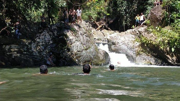 Wisata Kalsel : Air Terjun Buntar, Wisata Alam Balangan Ini Tawarkan Sensasi Ketenangan