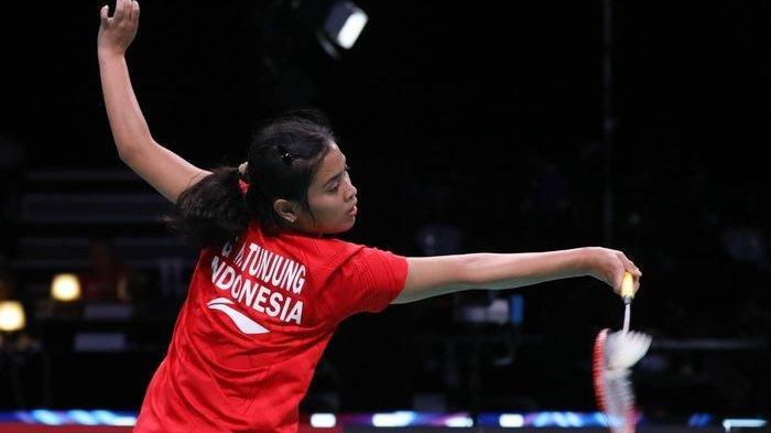 Aksi pebulu tangkis tunggal putri, Gregoria Mariska Tunjung, ketika menghadapi Pusarla V Sindhu (India) pada pertandingan babak pertama Denmark Open 2019 di Odense Sportspark, 15 Oktober 2019.