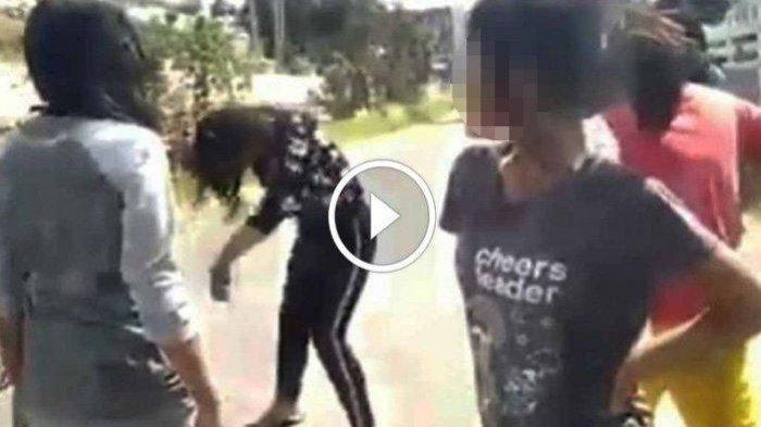 Risma Tugaskan Anak Buahnya Dampingi Bocah Korban Pengeroyokan 8 Orang di Surabaya