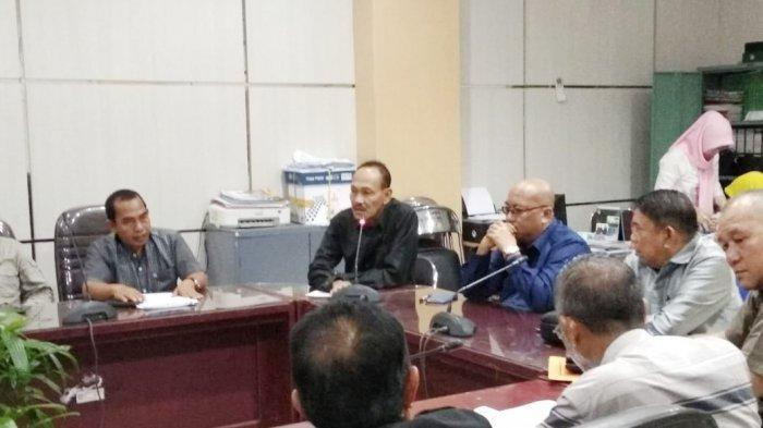 Aktivis LSM Datangi DPRD Banjar Soroti Kinerja Perusda ini