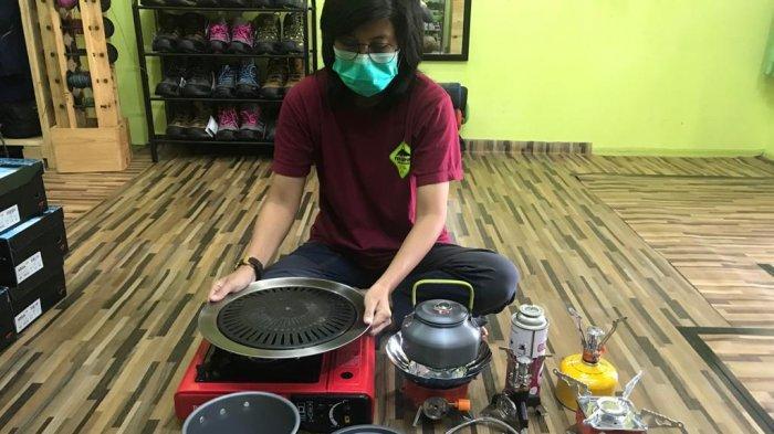 Menengok Usaha Penyewaan Alat Masak untuk Piknik, Kompor Antiangin Jadi Favorit Konsumen
