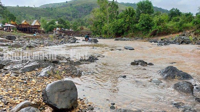 Wisata Kalsel, Menikmati Kesegaran Sungai Aranaway Desa Riam Kanan Banjar