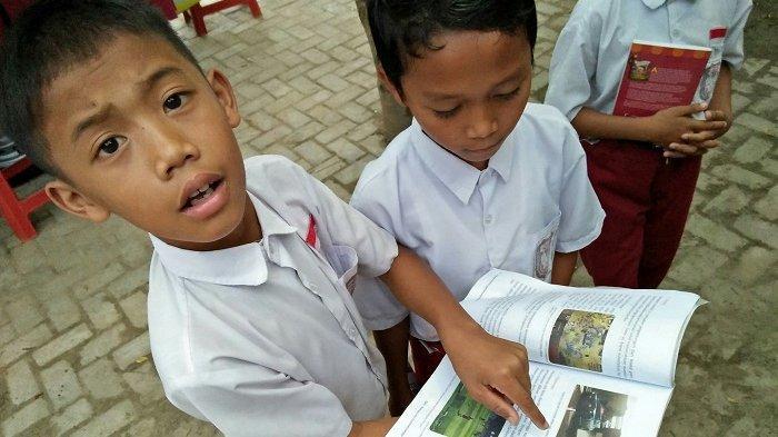 Perpustakaan Keliling YABN Jadi Favorit Anak di Sekolah