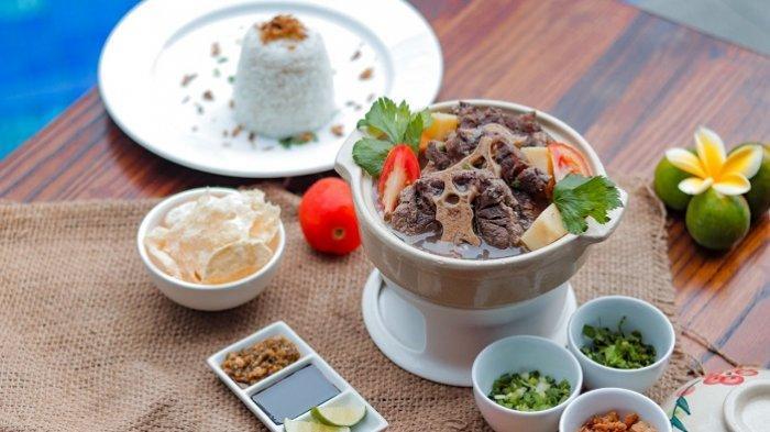 Aneka Kuliner Buntut Sapi Rasa Khas Nusantara di Mercure Banjarmasin, Sop Buntut 76 Terfavorit