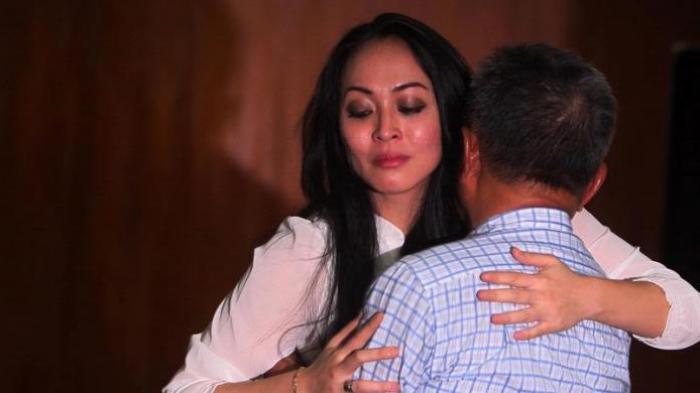Angelina Sondakh Ketemu Yuni Shara, Ini Kabar Terbaru Anak Adji Massaid, Keanu, Akrab sama Aaliyah?
