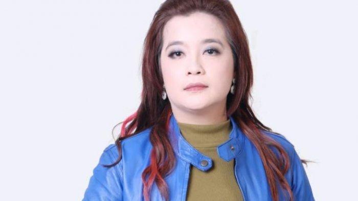 Anggota DPRD Banjarbaru  Emi Lasari