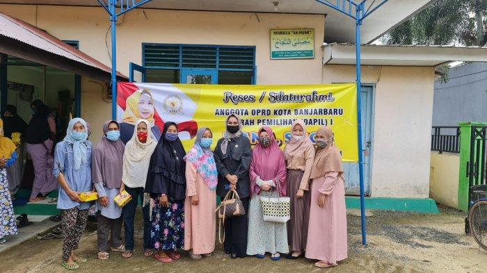 anggota DPRD Banjarbaru melaksanakan kegiatan reses guna menyerap aspirasi rakyat