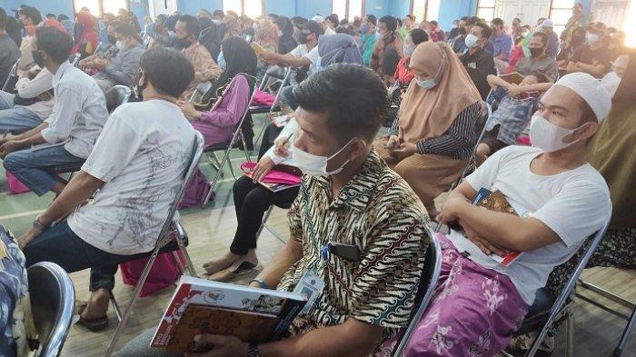 Jelang PSU Pilkada Banjarmasin, Ratusan Petugas KPPS Jalani Bimtek